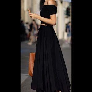 Port international black skirt
